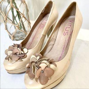 💖SALE‼️ Virus leather heels